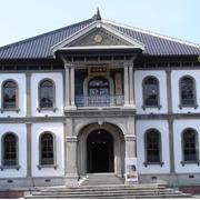 龍谷大学本館
